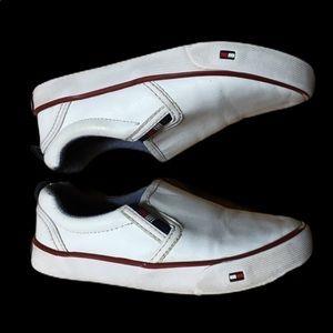 🛍4x$20 Tommy Hilfiger slip on boys shoes sz 7